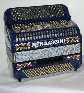 Chromatic button accordion of 53 notes (87 buttons) and 120 bass